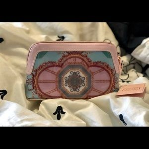 ❌❌❌SOLD on M❌❌❌NWT Ted Baker London Versailles